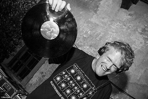DJ Onehand